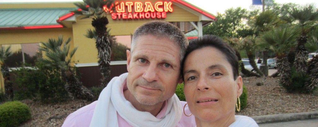 Stefano et Marie-Catherine - Outback Restaurant - Houston